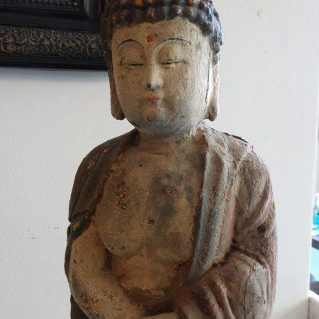 boeddhistisch houten beeld