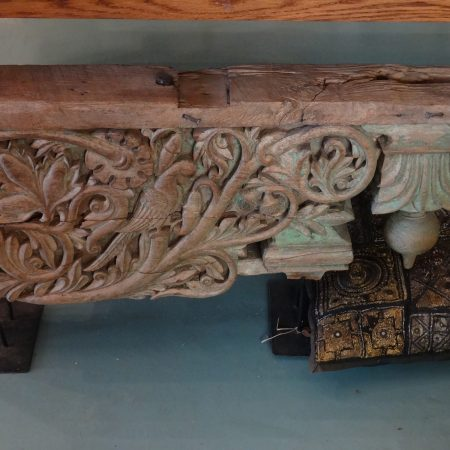 Indiaas houtsnijwerk ornament